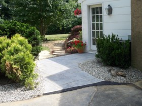 side walkway | JBP Landscape Contractors